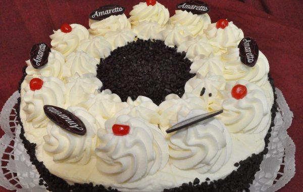 Amaretto Sahne Torte